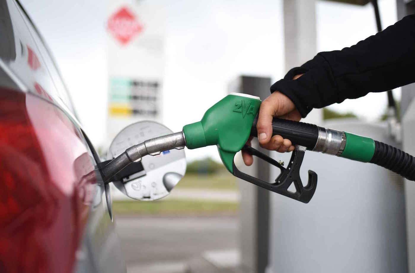 Énergie : Vers l'abandon progressif de l'essence super à partir de 2021